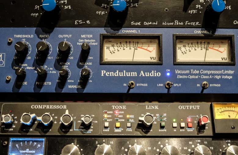 Audio mixing with Pendulum Audio OCL.